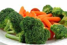 брокколи и морковь