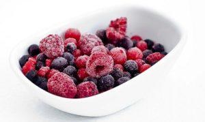 замораживать фрукты