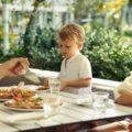 День 42: Питание ребенка вне дома легко — 2