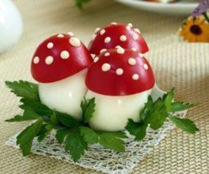 Мухоморы из яиц и помидоров