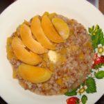 Гречневая каша с абрикосами
