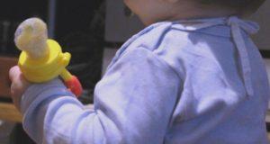 Ребенок с ниблером
