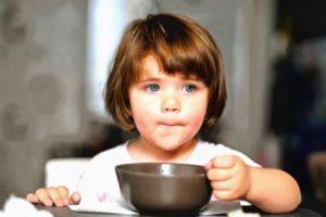 Почему ребенок любит кушать одно и то же