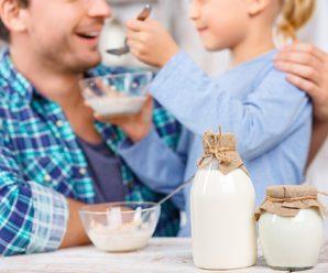 Прикорм молочными продуктами
