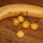 Пюре из банана и черешни