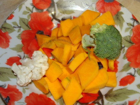 Суп-пюре из кролика, тыквы, картофеля, брокколи и цветной капусты