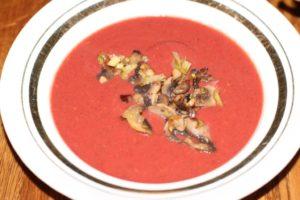 Суп-пюре из свеклы с грибами