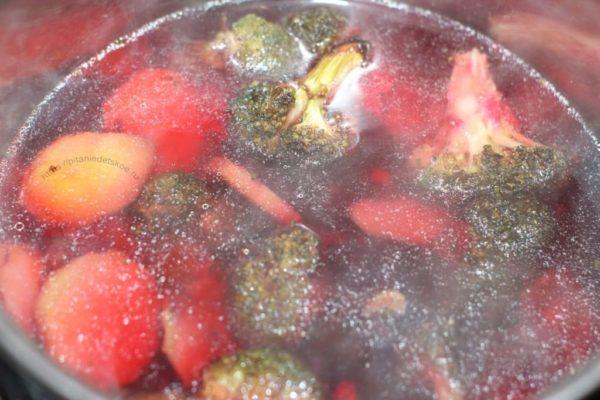 печеные овощи в воде